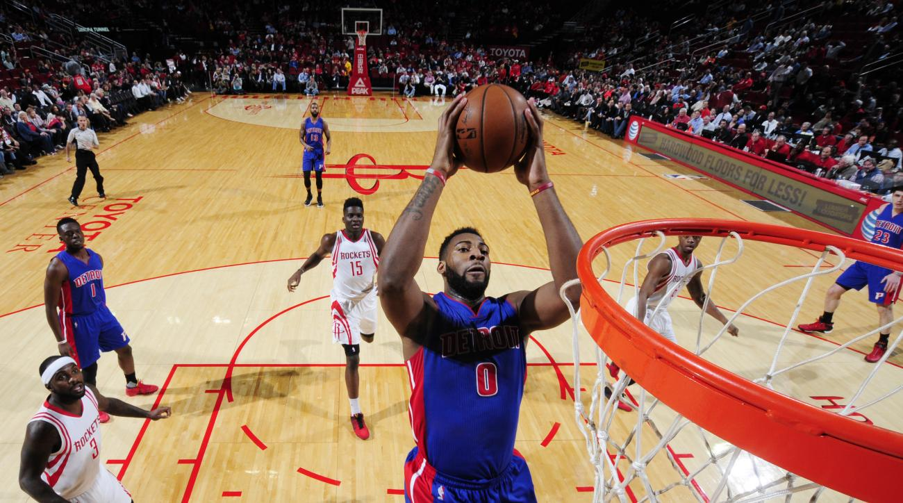 HOUSTON, TX - JANUARY 20: Andre Drummond #0 of the Detroit Pistons dunks against the Houston Rockets on January 20, 2016 at the Toyota Center in Houston, Texas. (Photo by Bill Baptist/NBAE via Getty Images)