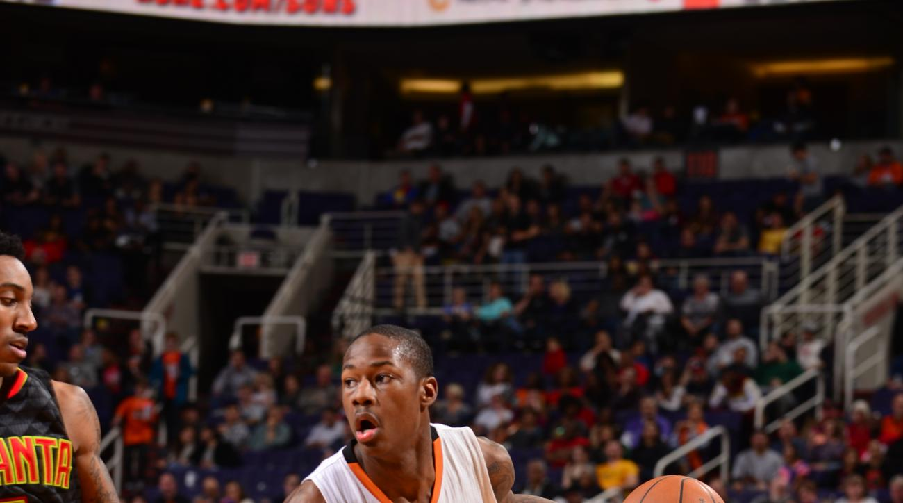PHOENIX, AZ - JANUARY 23: Archie Goodwin #20 of the Phoenix Suns drives to the basket against the Atlanta Hawks on January 23, 2016, at Talking Stick Resort Arena in Phoenix, Arizona. (Photo by Barry Gossage/NBAE via Getty Images)