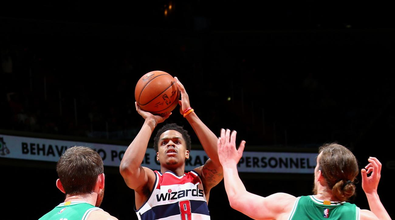 WASHINGTON, DC -  JANUARY 25: Jarell Eddie #8 of the Washington Wizards shoots the ball during the game against the Boston Celtics on January 25, 2016 at Verizon Center in Washington, DC. (Photo by Ned Dishman/NBAE via Getty Images)