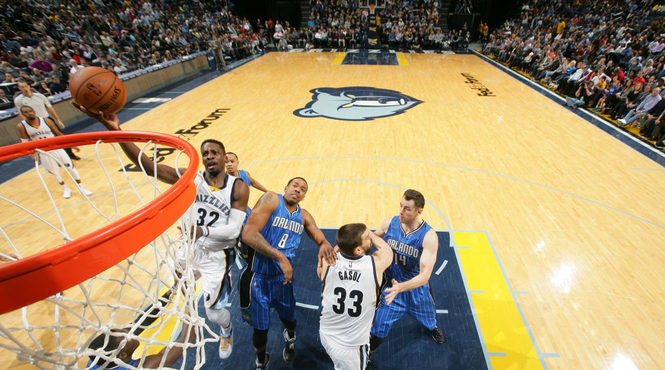 MEMPHIS, TN - JANUARY 25: Jeff Green #32 of the Memphis Grizzlies shoots the ball against the Orlando Magic on January 25, 2016 in Memphis, Tennessee. (Photo by Joe Murphy/NBAE via Getty Images)