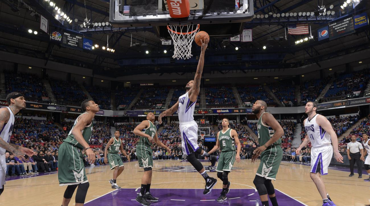 SACRAMENTO, CA - FEBRUARY 1: Rudy Gay #8 of the Sacramento Kings shoots the ball against the Milwaukee Bucks at Sleep Train Arena on February 1, 2016 in Sacramento, California. (Photo by Rocky Widner/NBAE via Getty Images)
