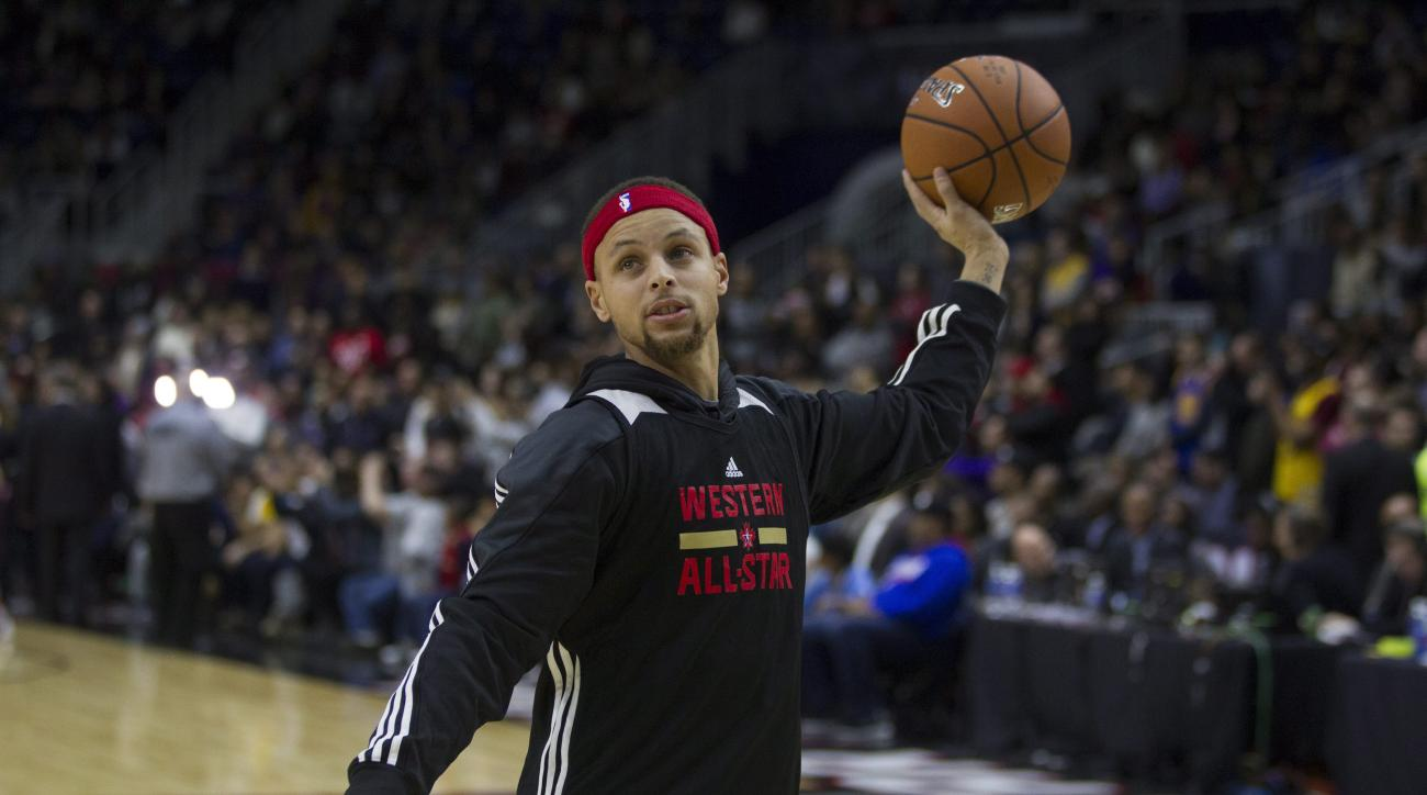Western Conference's Stephen Curry, of the Golden State Warriors, takes part in practice at the NBA All-Star Game in Toronto on Saturday, Feb. 13, 2016. (Chris Young/The Canadian Press via AP) MANDATORY CREDIT