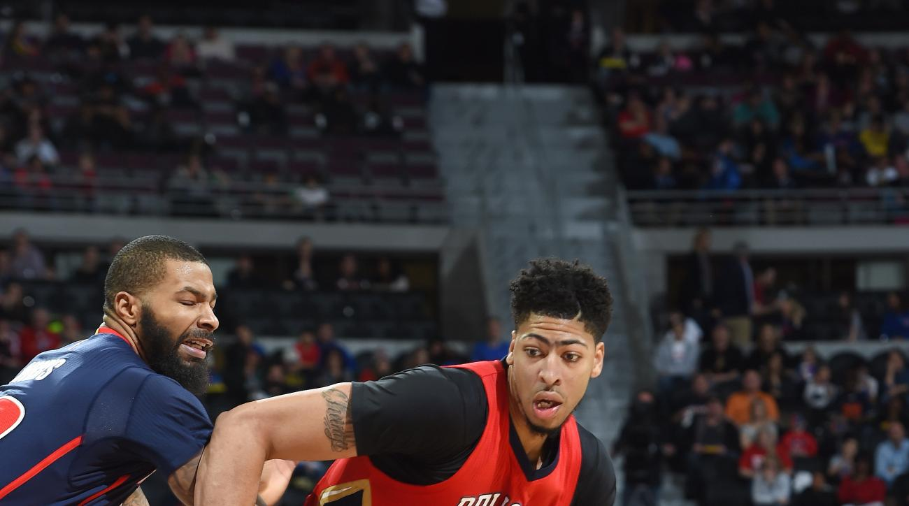 AUBURN HILLS, MI - FEBRUARY 21: Anthony Davis #23 of the New Orleans Pelicans handles the ball during the game against the Detroit Pistons on February 21, 2016 at The Palace of Auburn Hills in Auburn Hills, Michigan. (Photo by Allen Einstein/NBAE via Gett