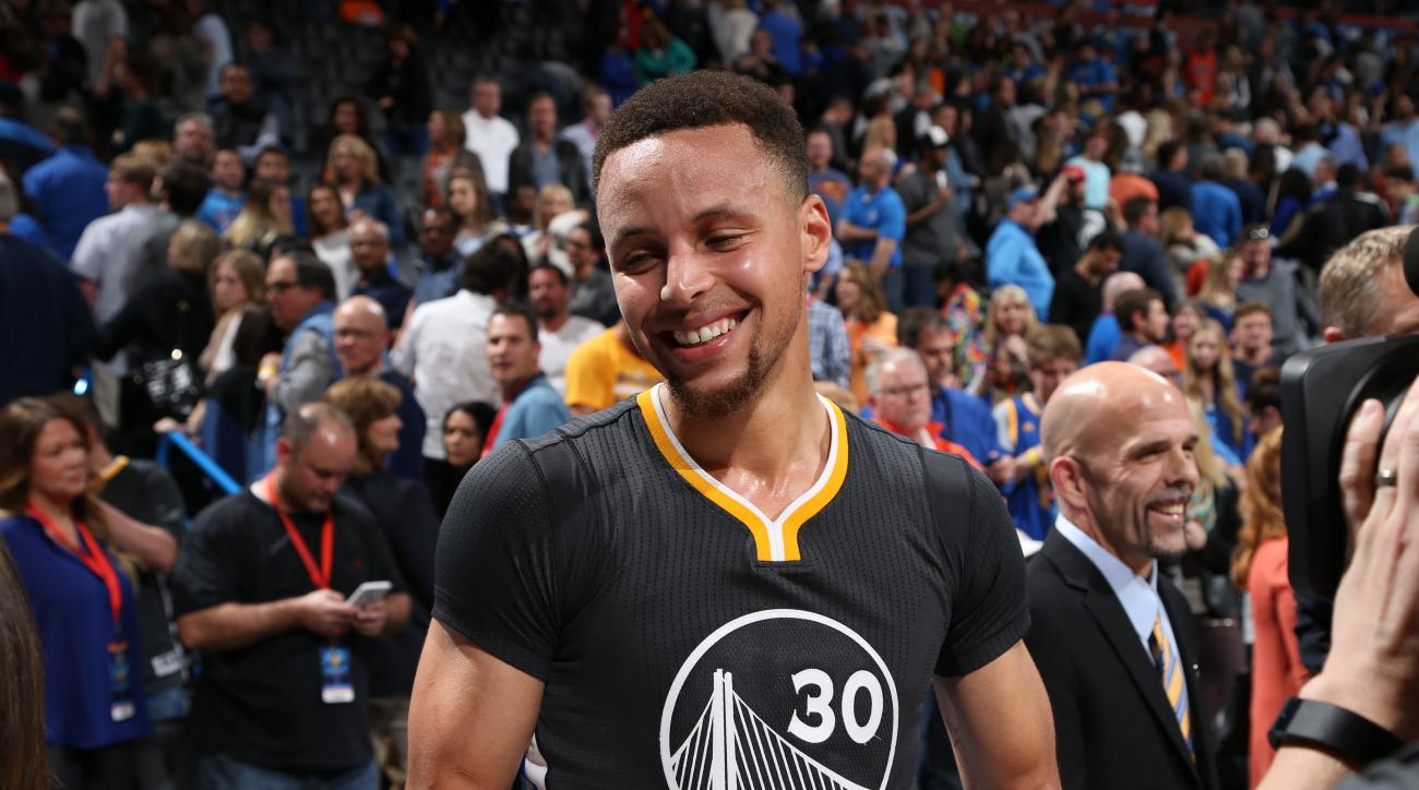 OKLAHOMA CITY, OK - FEBRUARY 27:  Stephen Curry #30 of the Golden State Warriors celebrates after the game against the Oklahoma City Thunder on February 27, 2016 at Chesapeake Energy Arena in Oklahoma City, Oklahoma. (Photo by Joe Murphy/NBAE via Getty Im