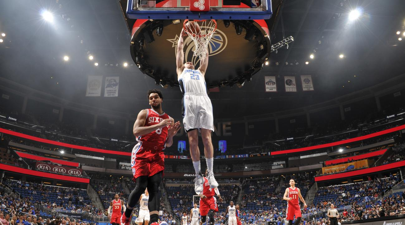 ORLANDO, FL - FEBRUARY 28:  Mario Hezonja #23 of the Orlando Magic dunks against the Philadelphia 76ers on February 28, 2016 at the Amway Center in Orlando, Florida. (Photo by Fernando Medina/NBAE via Getty Images)