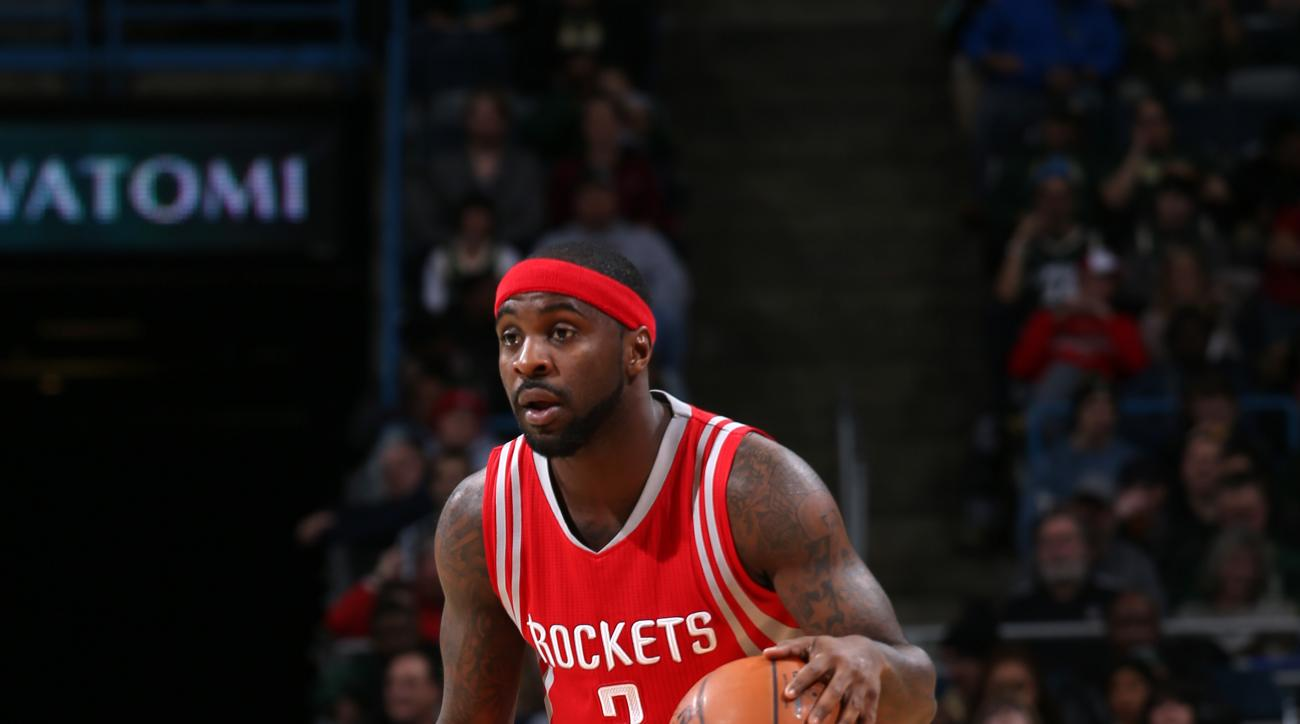 MILWAUKEE, WI - FEBRUARY 29:  Ty Lawson #3 of the Houston Rockets dribbles the ball against the Milwaukee Bucks on February 29, 2016 at the BMO Harris Bradley Center in Milwaukee, Wisconsin. (Photo by Gary Dineen/NBAE via Getty Images)