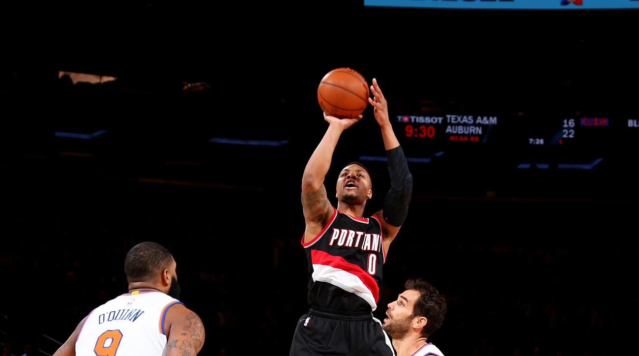 NEW YORK, NY - MARCH 1: Damian Lillard #0 of the Portland Trail Blazers shoots the ball against the New York Knicks on March 1, 2016 at Madison Square Garden in New York City, New York.  (Photo by Nathaniel S. Butler/NBAE via Getty Images)