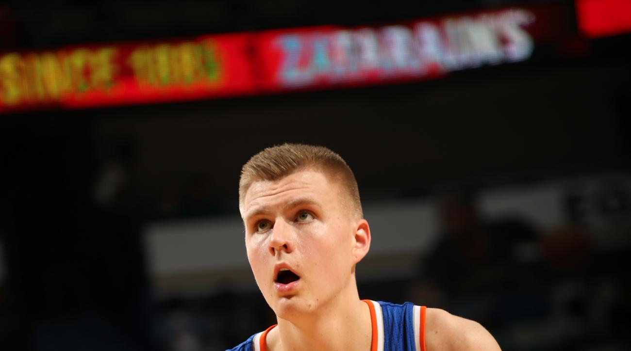 NEW ORLEANS, LA  - MARCH 28: Kristaps Porzingis #6 of the New York Knicks shoots against the New Orleans Pelicans during the game on March 28, 2016 at Smoothie King Center in New Orleans, Louisiana. (Photo by Layne Murdoch/NBAE via Getty Images)