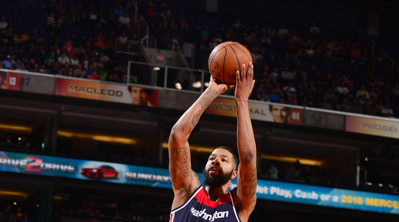 PHOENIX, AZ - APRIL 1:  Markieff Morris #5 of the Washington Wizards shoots the ball against the Phoenix Suns on April 1, 2016 at Talking Stick Resort Arena in Phoenix, Arizona. (Photo by Barry Gossage/NBAE via Getty Images)