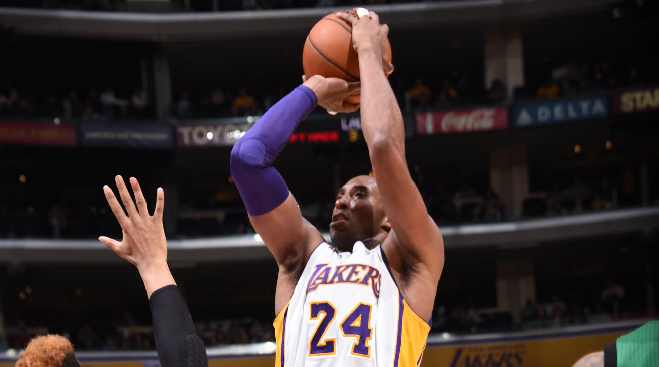 LOS ANGELES, CA - APRIL 3:  Kobe Bryant #24 of the Los Angeles Lakers shoots against the Boston Celtics on April 3, 2016 at STAPLES Center in Los Angeles, California. (Photo by Andrew D. Bernstein/NBAE via Getty Images)