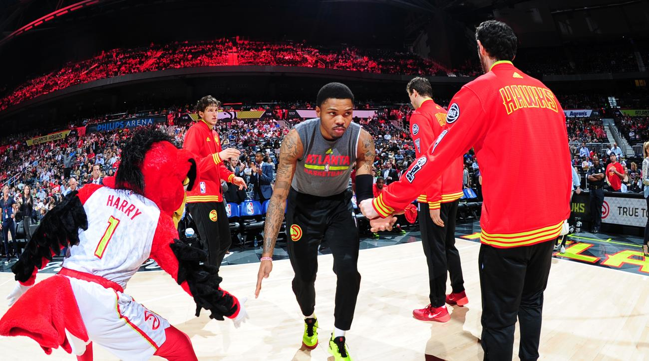 ATLANTA, GA - APRIL 5: Kent Bazemore #24 of the Atlanta Hawks is introduced before the game against the Phoenix Suns on April 5, 2016 at Philips Arena in Atlanta, Georgia.  (Photo by Scott Cunningham/NBAE via Getty Images)