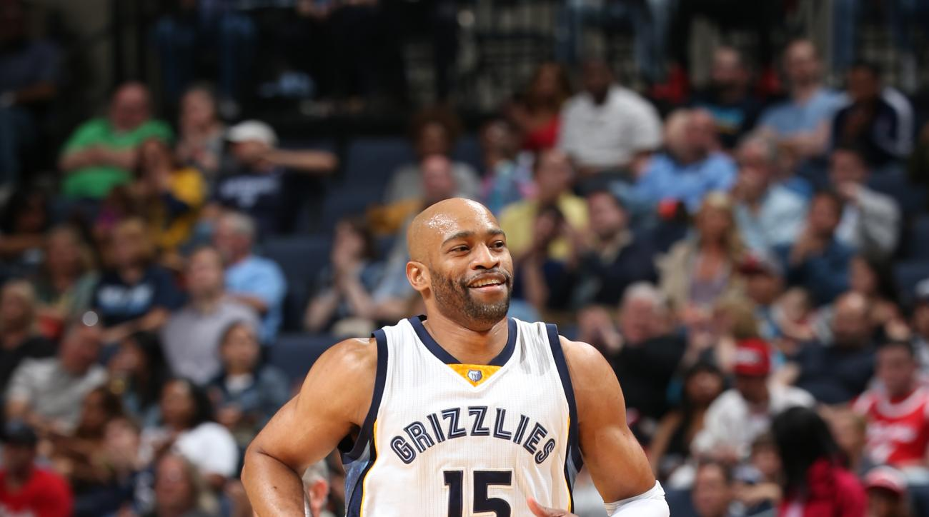 MEMPHIS, TN - APRIL 5:  Vince Carter #15 of the Memphis Grizzlies smiles during the game against the Chicago Bulls on April 5, 2016 at FedExForum in Memphis, Tennessee. (Photo by Joe Murphy/NBAE via Getty Images)