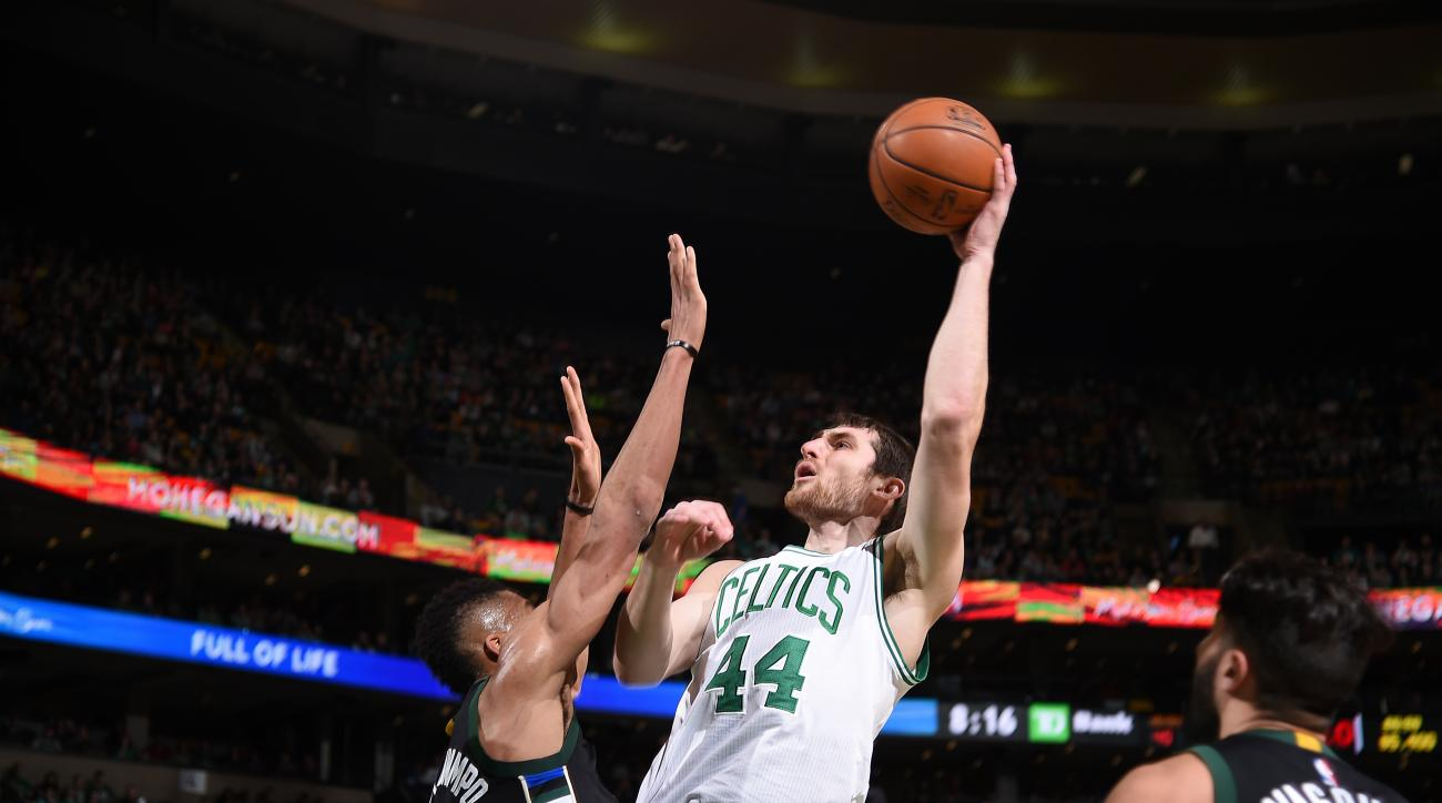 BOSTON, MA - APRIL 8: Tyler Zeller #44 of the Boston Celtics shoots the ball against the Milwaukee Bucks on April 8, 2016 at the TD Garden in Boston, Massachusetts.  (Photo by Brian Babineau/NBAE via Getty Images)