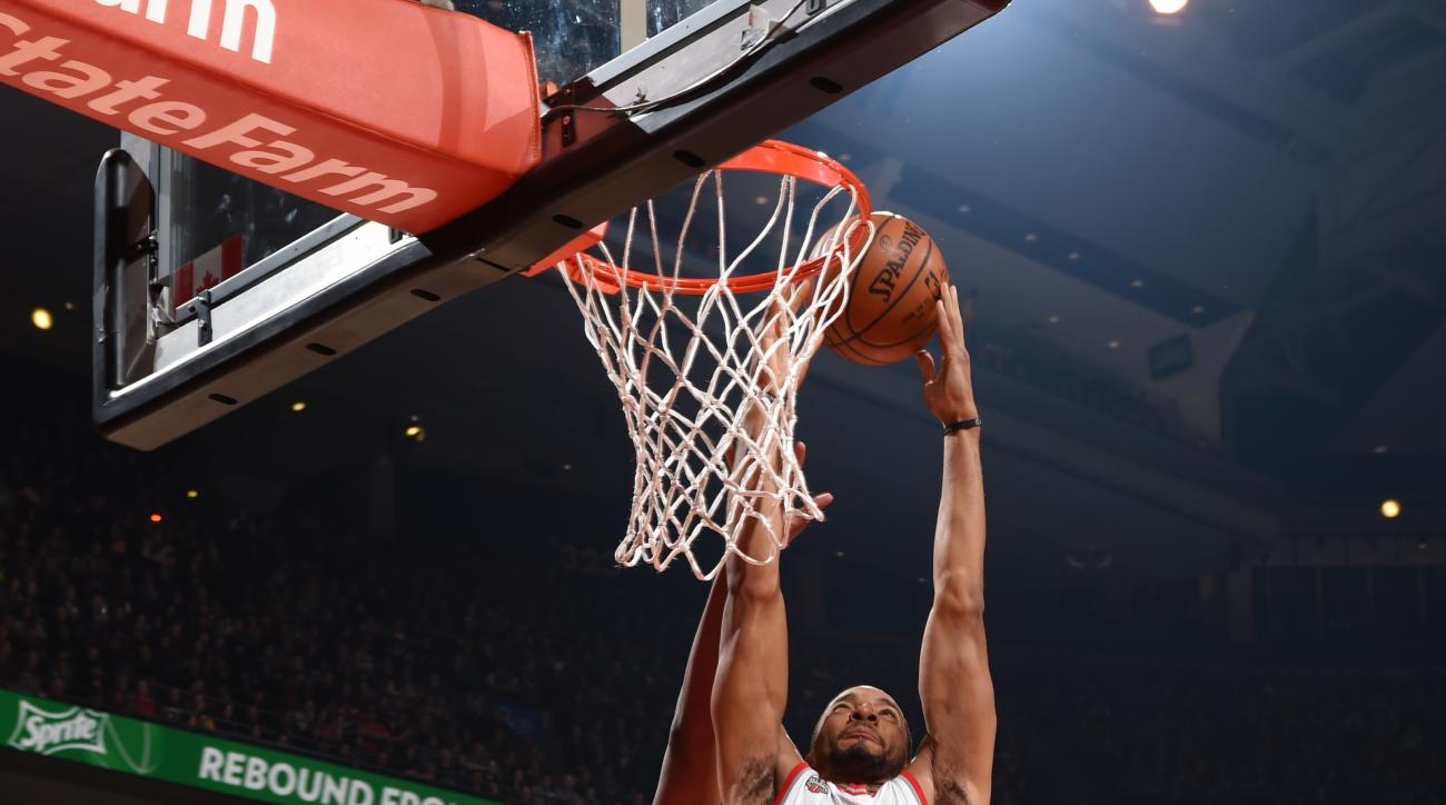 TORONTO, CANADA - APRIL 8:  Norman Powell #24 of the Toronto Raptors goes up for a dunk against the Indiana Pacers on April 8, 2016 at the Air Canada Centre in Toronto, Ontario, Canada.  (Photo by Ron Turenne/NBAE via Getty Images)
