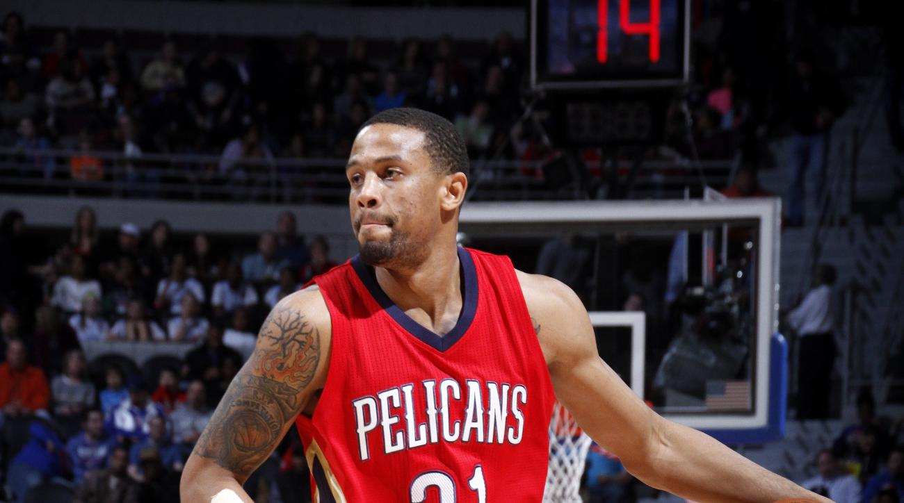 AUBURN HILLS, MI - FEBRUARY 21: Bryce Dejean-Jones #31 of the New Orleans Pelicans handles the ball during the game against the Detroit Pistons on February 21, 2016 at The Palace of Auburn Hills in Auburn Hills, Michigan. (Photo by B. Sevald/Einstein/NBAE