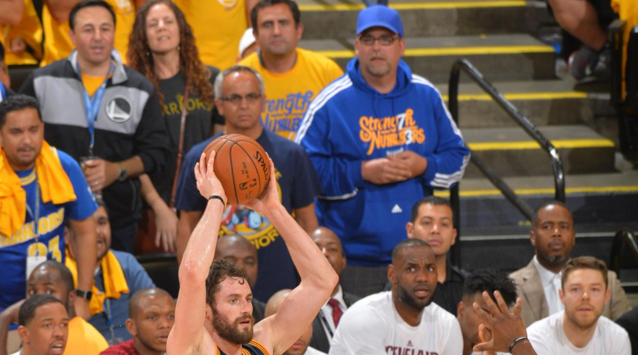 OAKLAND, CA - JUNE 5:  Kevin Love #0 of the Cleveland Cavaliers looks to pass the ball against the Golden State Warriors during the 2016 NBA Finals Game Two on June 5, 2016 at ORACLE Arena in Oakland, California. (Photo by Jesse D. Garrabrant/NBAE via Get