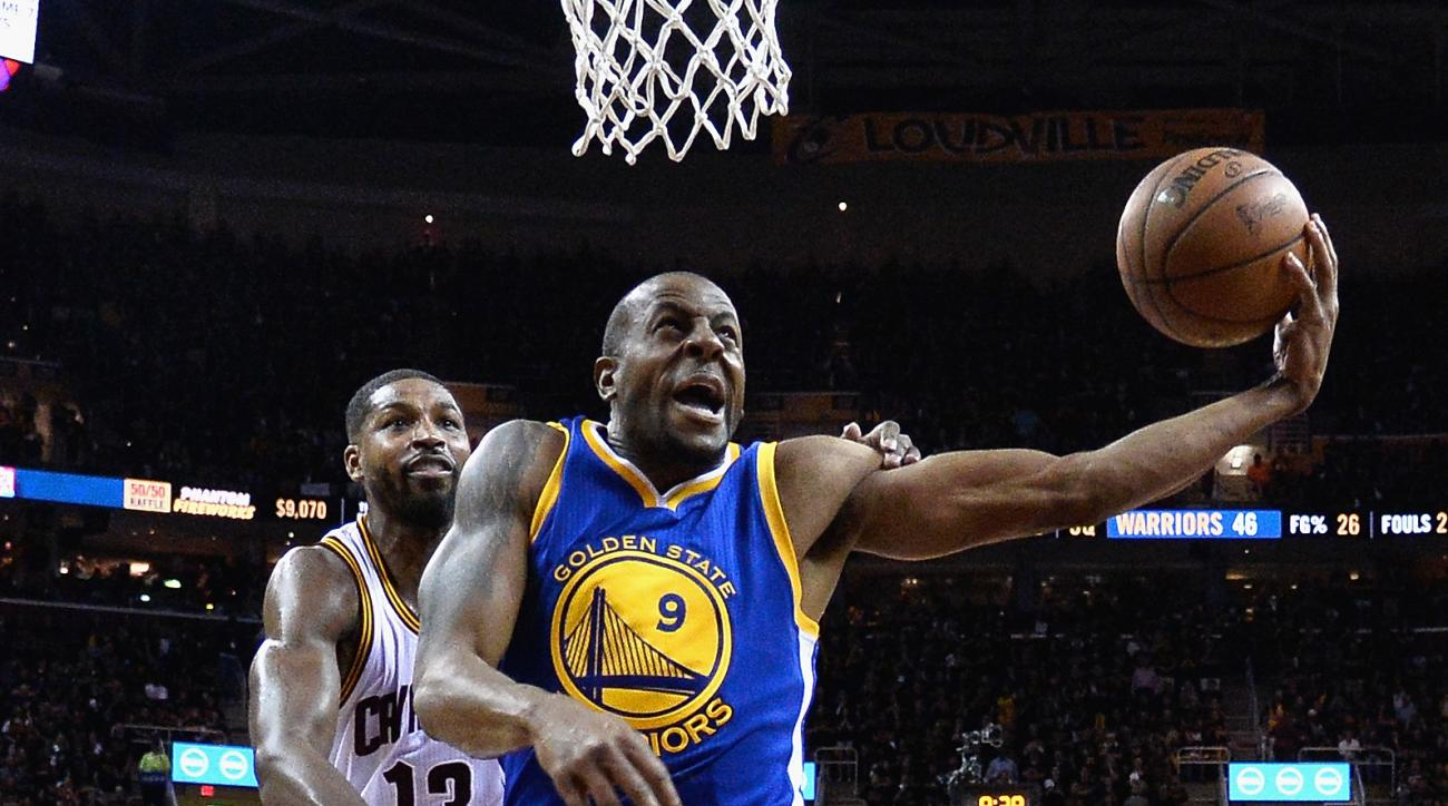 CLEVELAND, OH - JUNE 16:  Andre Iguodala #9 of the Golden State Warriors shoots the ball during the second half against the Cleveland Cavaliers in Game 6 of the 2016 NBA Finals at Quicken Loans Arena on June 16, 2016 in Cleveland, Ohio. (Photo by Larry W.