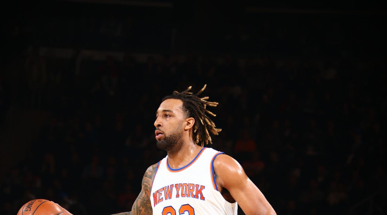 NEW YORK, NY - APRIL 10:  Derrick Williams #23 of the New York Knicks dribbles the ball against the Toronto Raptors on April 10, 2016 at Madison Square Garden in New York City.  (Photo by Nathaniel S. Butler/NBAE via Getty Images)