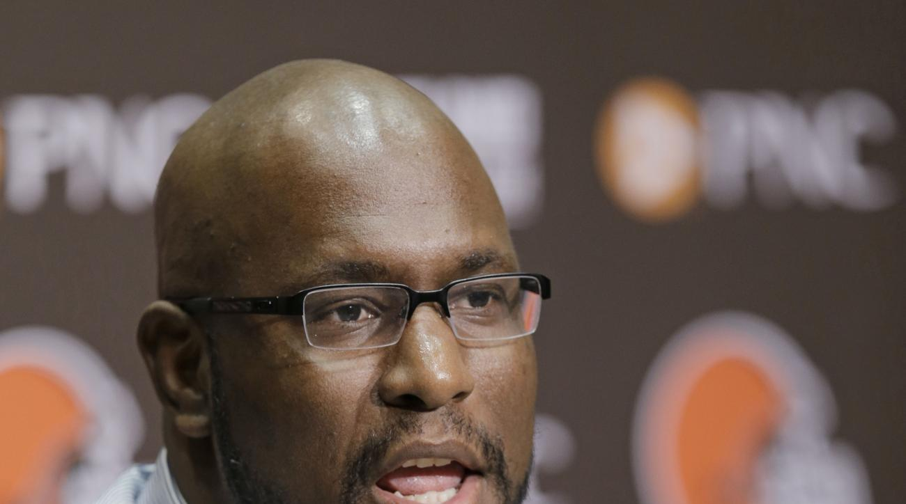 Cleveland Browns general manager Ray Farmer answers questions during an NFL football news conference Thursday, April 23, 2015, in Berea, Ohio. There's a natural connection between Marcus Mariota and the Browns, but Farmer says he doesn't understand why he