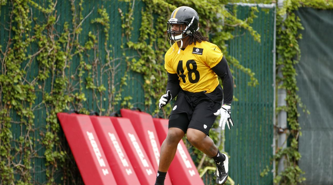 Pittsburgh Steelers linebacker Bud Dupree (48) participates in a drill during an NFL football organized team activity, Tuesday, June 2, 2015, in Pittsburgh. (AP Photo/Gene J. Puskar)
