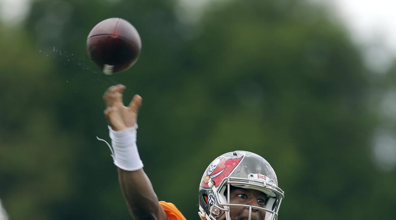 Tampa Bay Buccaneers quarterback Jameis Winston throws a pass during NFL football minicamp, Tuesday, June 16, 2015, in Tampa, Fla. (AP Photo/Chris O'Meara)