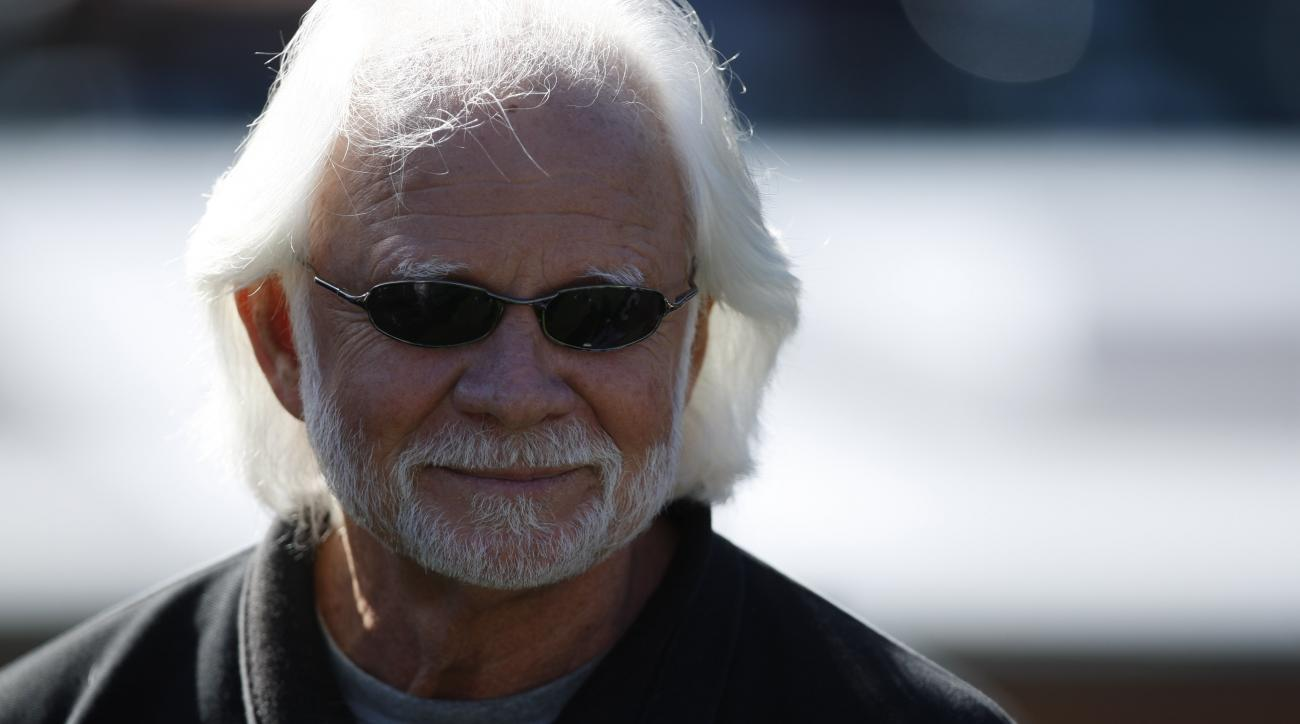 Former Oakland Raiders QB Ken Stabler during pregame in an NFL game between the New York Jets and the Oakland Raiders  in Oakland, Calif., Sunday, Oct. 25, 2009.(AP Photo/Ben Margot)