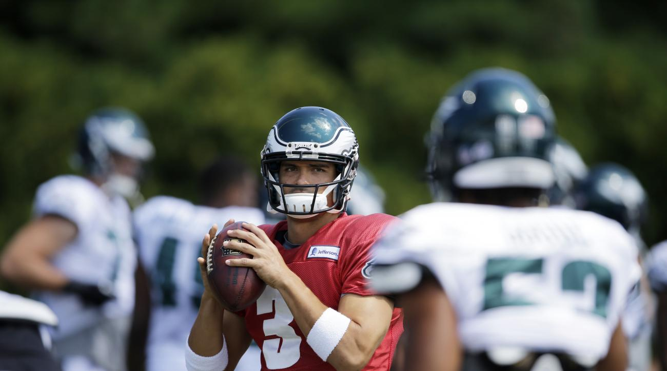 Philadelphia Eagles quarterback Mark Sanchez throws a pass during practice at NFL football training camp, Friday, Aug. 7, 2015, in Philadelphia. (AP Photo/Matt Rourke)