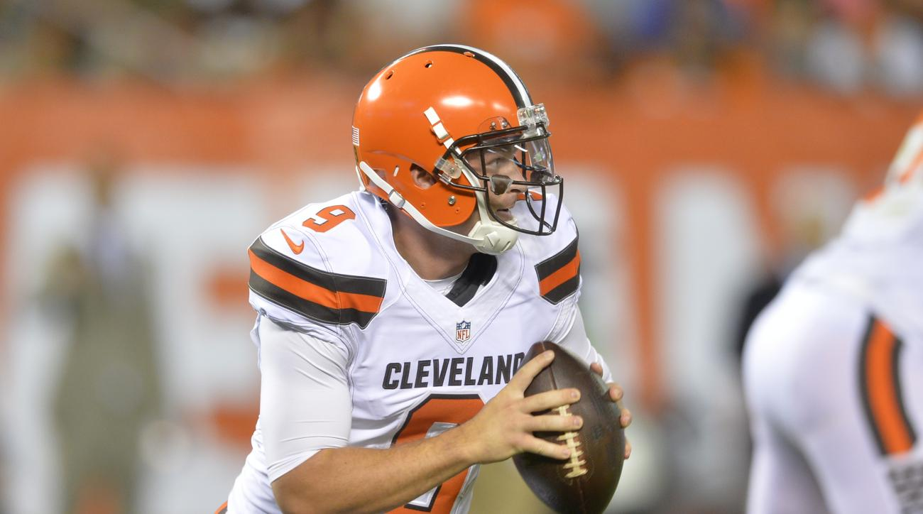 FILE - In this Aug. 13, 2015, file photo, Cleveland Browns quarterback Connor Shaw (9) looks to pass during an NFL preseason football game against the Washington Redskins in Cleveland. Browns quarterback Connor Shaw will undergo surgery on his right thumb