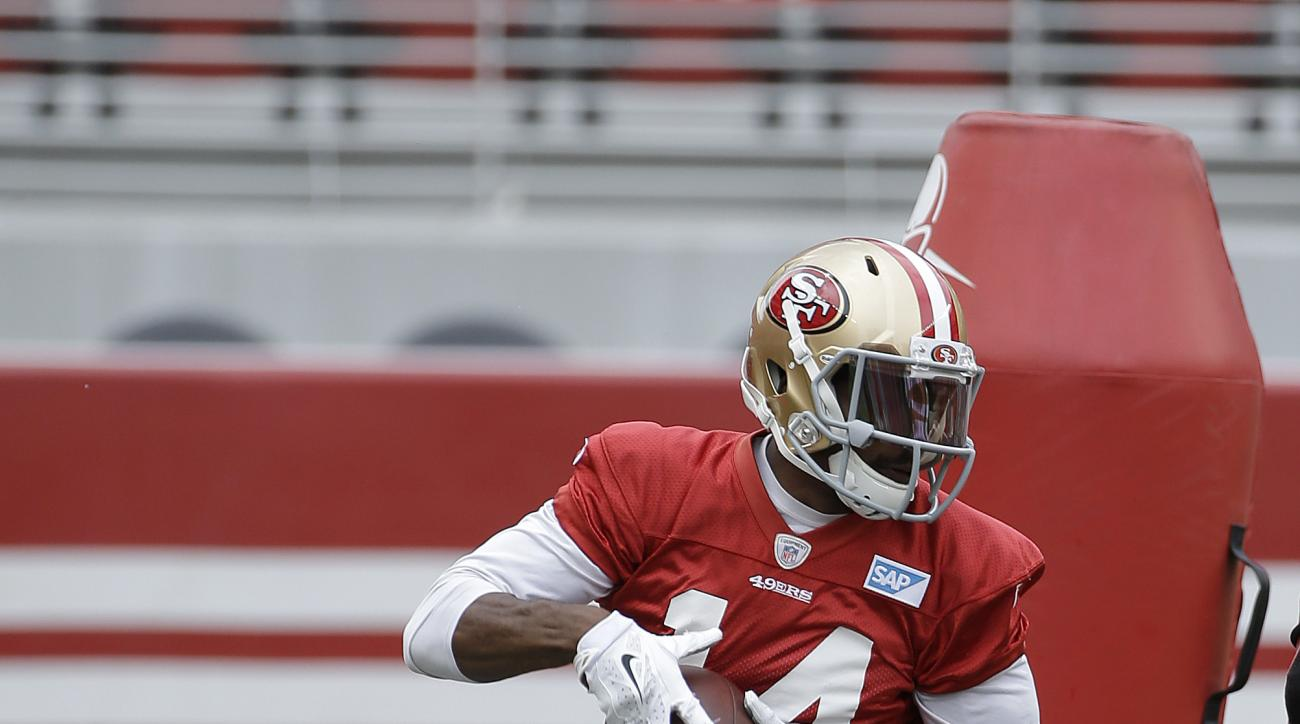San Francisco 49ers wide receiver Jerome Simpson runs a drill during an NFL football mini-camp in Santa Clara, Calif., Tuesday, June 9, 2015. (AP Photo/Jeff Chiu)