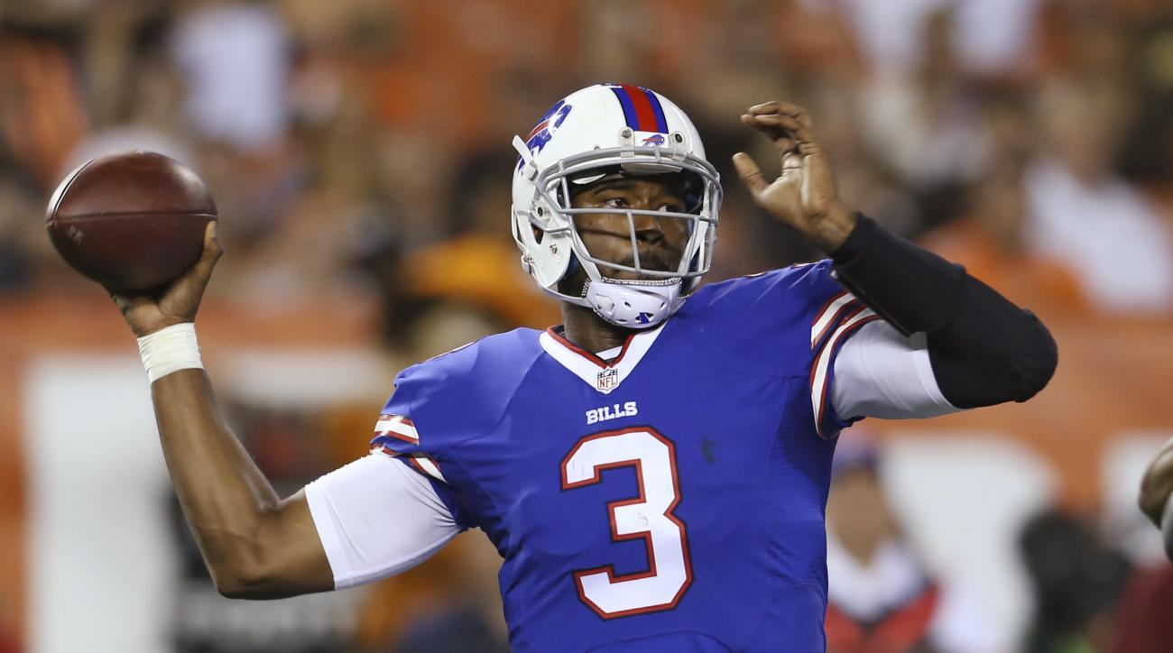 Buffalo Bills quarterback EJ Manuel throws against the Cleveland Browns during the fourth quarter of an NFL preseason football game, Thursday, Aug. 20, 2015, in Cleveland. (AP Photo/Ron Schwane)