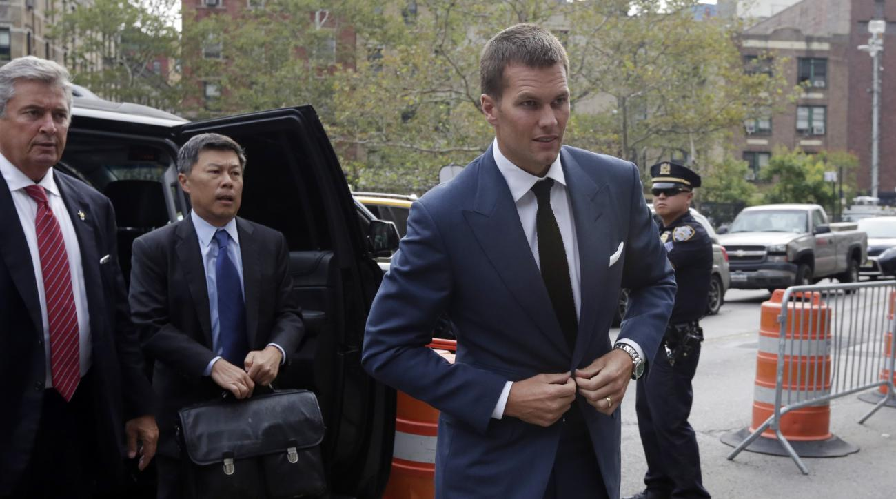 "New England Patriots quarterback Tom Brady arrives at Federal court in New York,  Monday, Aug. 31, 2015. Even as negotiations aimed at settling ""Deflategate"" drag on, lawyers are seeking every legal advantage in a quest to win over a federal judge. Repeat"