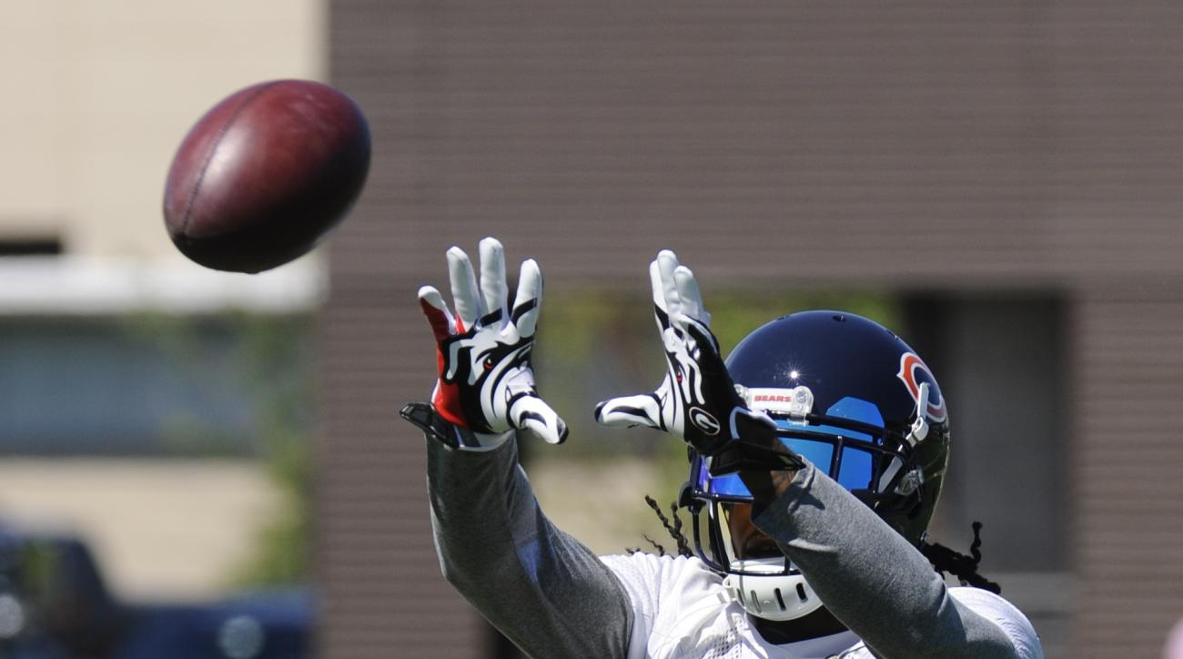 Chicago Bears cornerback Tim Jennings  at NFL football minicamp at Halas Hall on Tuesday, June 16, 2015, in Lake Forest, Ill. (AP Photo/Matt Marton)