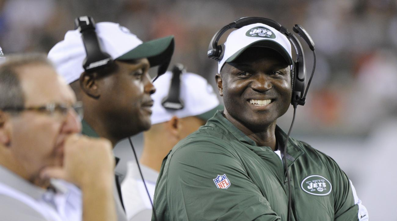 FILE - In this  Friday, Aug. 21, 2015 file photo, New York Jets head coach Todd Bowles reacts during the second half of a preseason NFL football game against the Atlanta Falcons in East Rutherford, N.J.  New York Jets coach Todd Bowles is a big fan of R&B