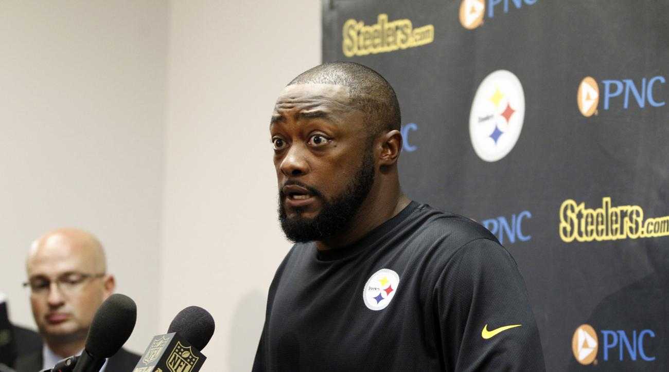 FILE - In this Sept. 27, 2015, file photo, Pittsburgh Steelers head coach Mike Tomlin speaks during a press conference following an NFL football game against the St. Louis Rams in St. Louis. Tomlin's questionable decisions in Pittsburgh's 23-20 loss to Ba
