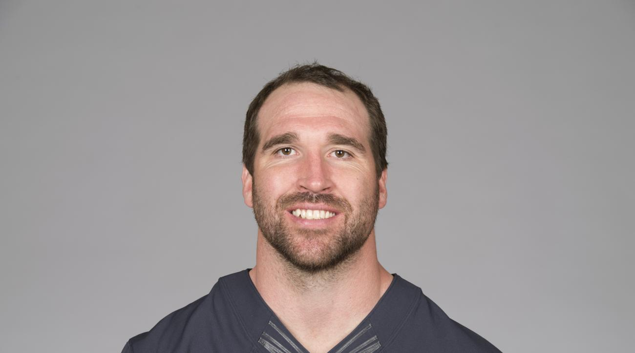 This is a 2015 photo of Jared Allen of the Chicago Bears NFL football team. This image reflects the Chicago Bears active roster as of Thursday, April 30, 2015 when this image was taken. (AP Photo)