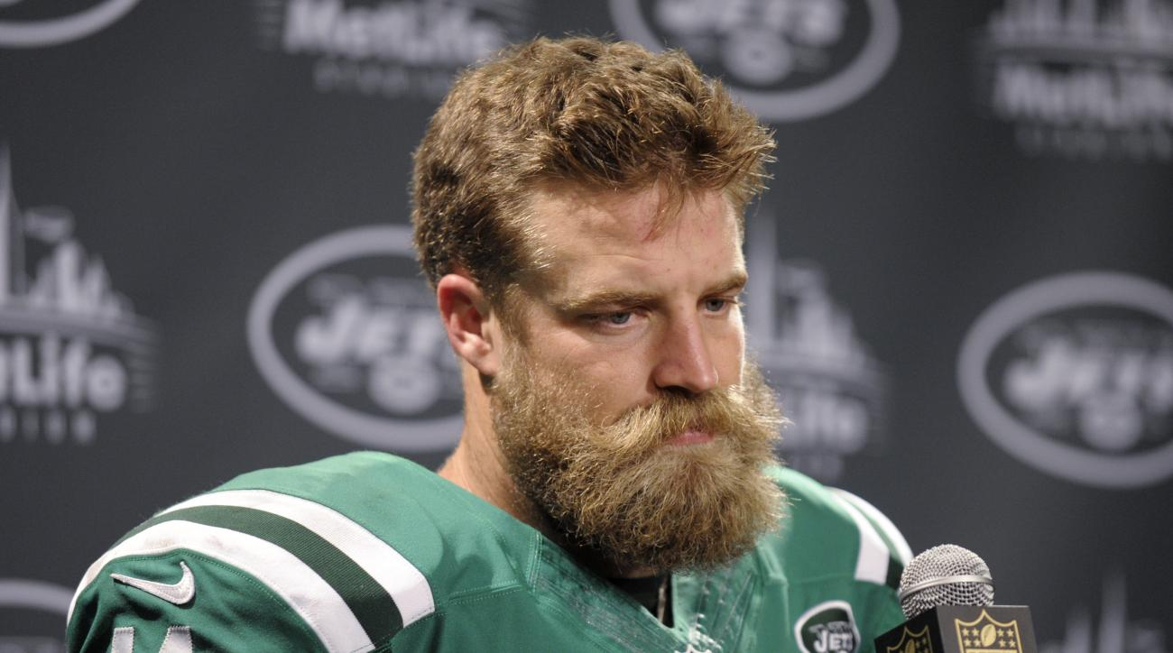 New York Jets quarterback Ryan Fitzpatrick talks to reporters after an NFL football game against the Buffalo Bills, Thursday, Nov. 12, 2015, in East Rutherford, N.J. The Bills won 22-17. (AP Photo/Bill Kostroun)