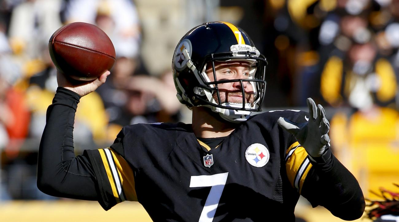 Pittsburgh Steelers quarterback Ben Roethlisberger (7) prepares to throw in the first quarter of an NFL football game against the Cleveland Browns, Sunday, Nov. 15, 2015, in Pittsburgh. (AP Photo/Gene J. Puskar)