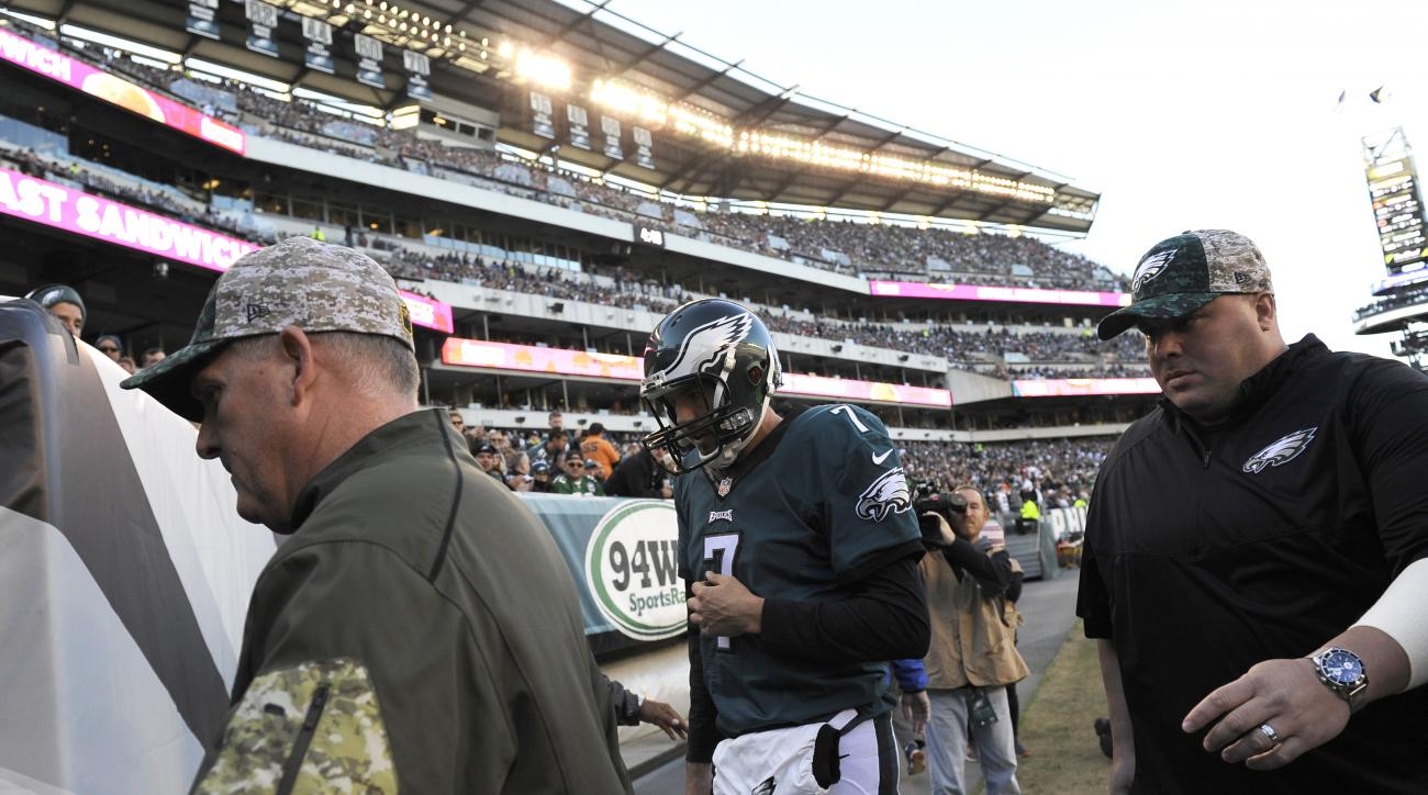 Philadelphia Eagles' Sam Bradford heads to the locker room after an injury during the second half of an NFL football game against the Miami Dolphins, Sunday, Nov. 15, 2015, in Philadelphia. (AP Photo/Michael Perez)