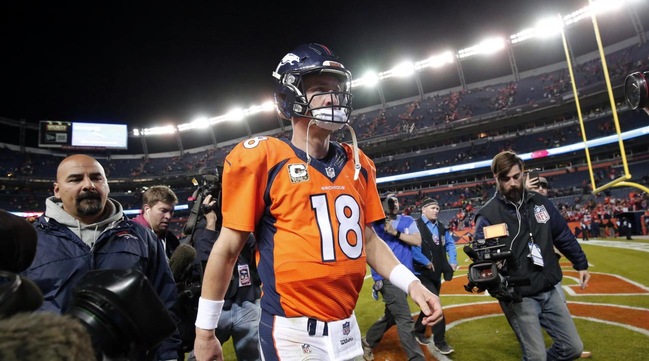 Denver Broncos quarterback Peyton Manning (18) leaves the field after an NFL football game against the Kansas City Chiefs, Sunday, Nov. 15, 2015, in Denver. The Chiefs won 29-13. (AP Photo/Jack Dempsey)