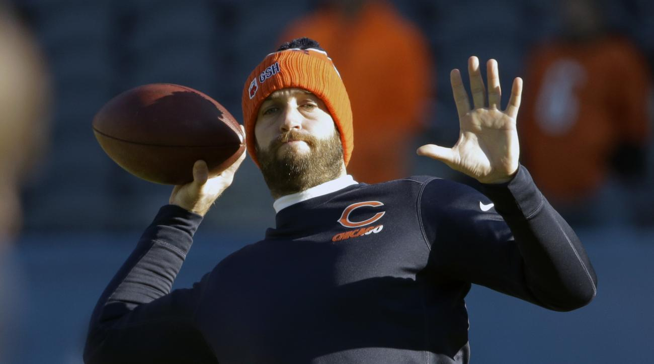 Chicago Bears quarterback Jay Cutler (6) warms up before an NFL football game against the San Francisco 49ers, Sunday, Dec. 6, 2015, in Chicago. (AP Photo/Nam Y. Huh)