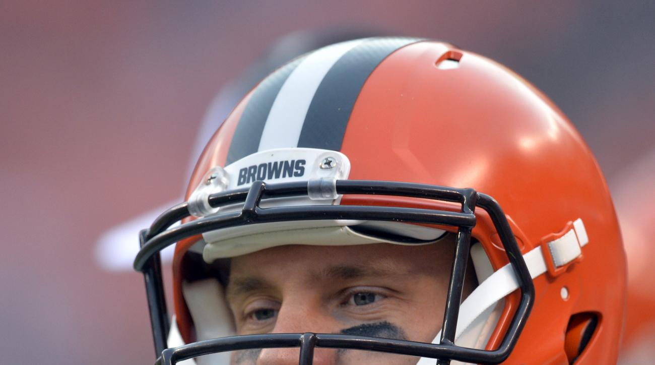 Cleveland Browns quarterback Austin Davis watches from the sideline in the second half of an NFL football game against the Cincinnati Bengals, Sunday, Dec. 6, 2015, in Cleveland. The Bengals won 37-3. (AP Photo/David Richard)
