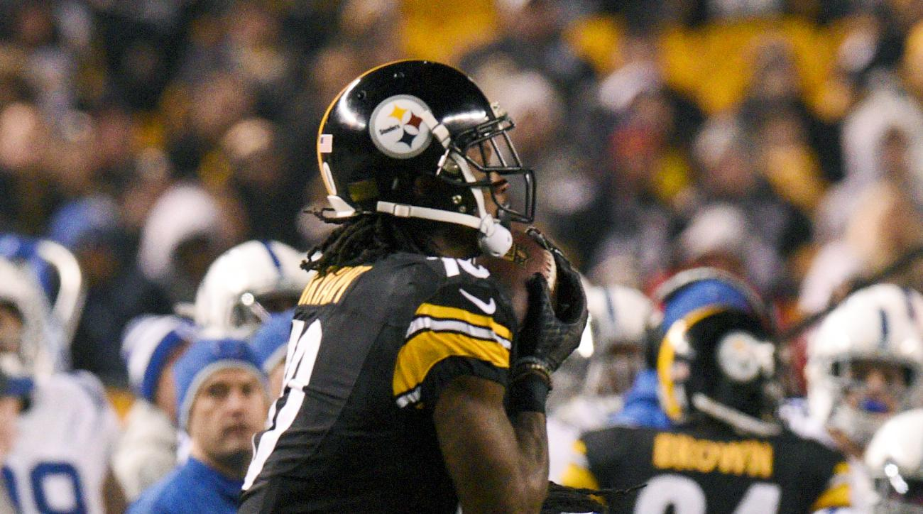 Pittsburgh Steelers wide receiver Martavis Bryant (10) catches a pass for a touchdown from quarterback Ben Roethlisberger with Indianapolis Colts cornerback Darius Butler (20) defending during the second half of an NFL football game, Sunday, Dec. 6, 2015,
