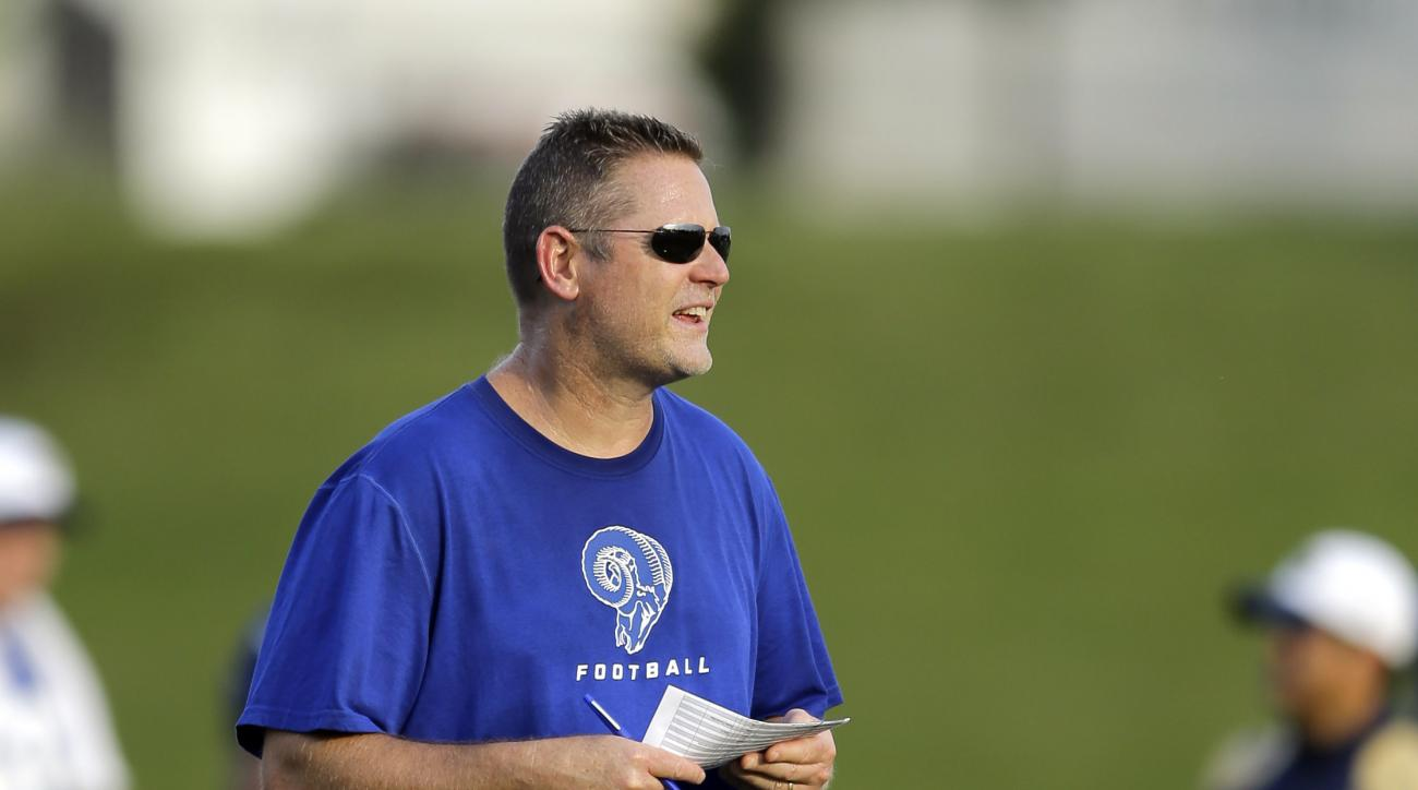 St. Louis Rams offensive coordinator Frank Cignetti during training camp at the NFL football team's practice facility Thursday, Aug. 6, 2015, in St. Louis. (AP Photo/Jeff Roberson)