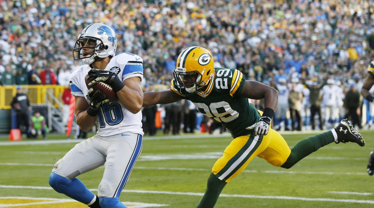 FILE - In this Nov. 15, 2015, file photo, Detroit Lions' Lance Moore catches a touchdown pass in front of Green Bay Packers' Casey Hayward during an NFL football game in Green Bay, Wis. New Orleans Saints coach Sean Payton sees several similarities betwee