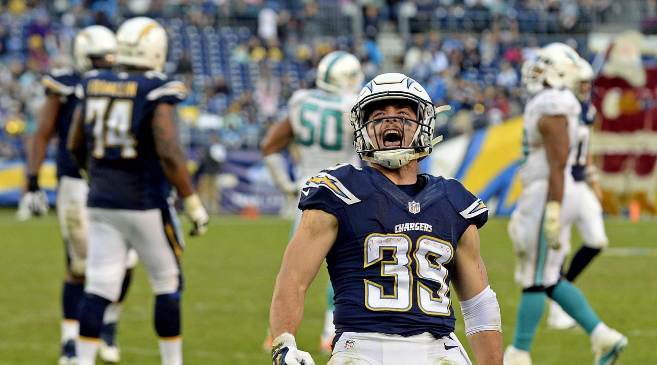 San Diego Chargers running back Danny Woodhead celebrates after scoring against the Miami Dolphins during the second half in an NFL football game, Sunday, Dec. 20, 2015, in San Diego. (AP Photo/Denis Poroy)