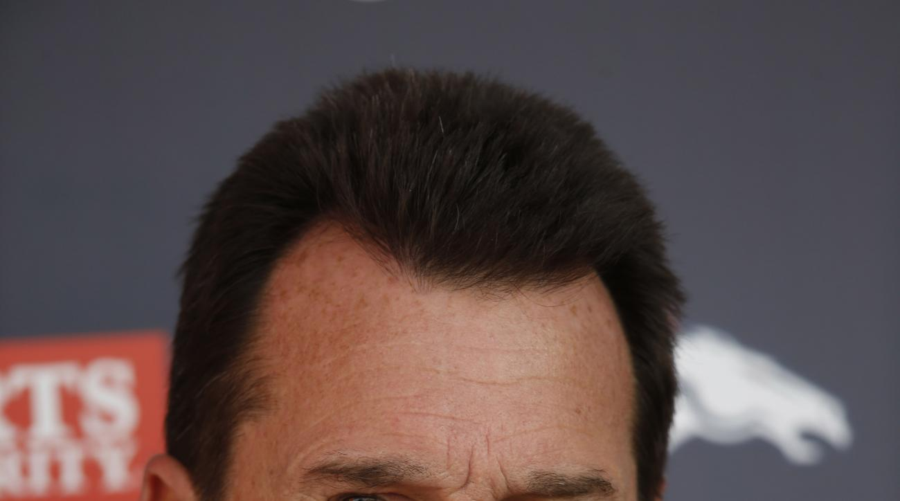 Denver Broncos head coach Gary Kubiak speaks with reporters during a news conference after an NFL football practice, Wednesday, Dec. 23, 2015, at the team's headquarters in Englewood, Colo. (AP Photo/David Zalubowski)