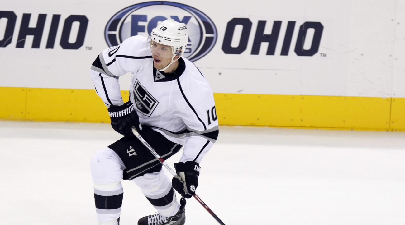 Los Angeles Kings' Christian Ehrhoff, of Germany, carries the puck against the Columbus Blue Jackets during an NHL hockey game in Columbus, Ohio, Tuesday, Dec. 8, 2015. Los Angeles won 3-2 in overtime. (AP Photo/Paul Vernon)