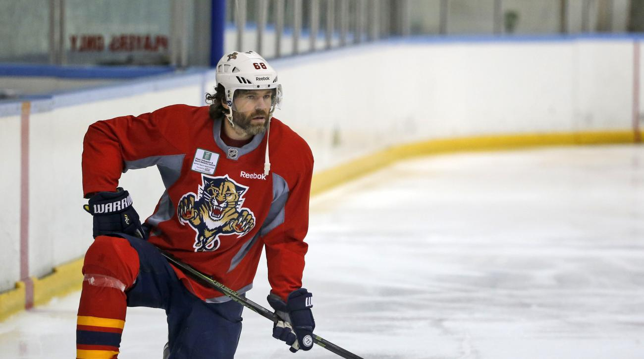 Florida Panthers right wing Jaromir Jagr stretches out during a practice session, Tuesday, April 12, 2016, at the Panthers' practice facility in Coral Springs, Fla.  The Panthers take on the New York Islanders in Game 1 in the first round of the playoffs