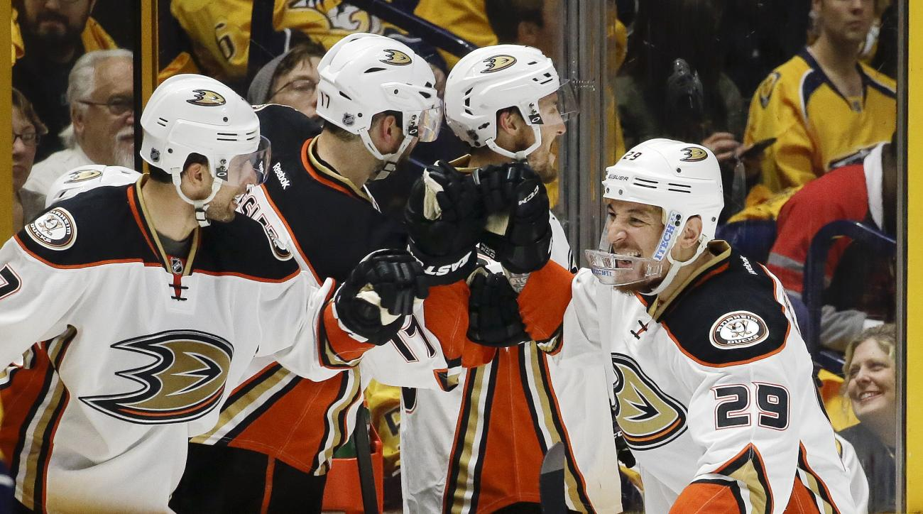Anaheim Ducks right wing Chris Stewart (29) celebrates with teammates after scoring a goal against the Nashville Predators during the second period of Game 3 in an NHL hockey first-round Stanley Cup playoff series Tuesday, April 19, 2016, in Nashville, Te