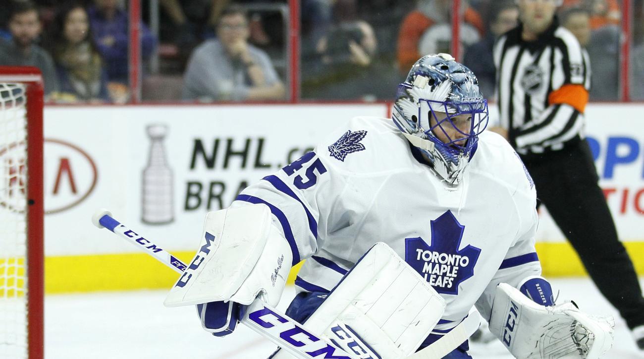 Toronto Maple Leaf's' Jonathan Bernier during an NHL hockey game against the Philadelphia Flyers, Thursday April 7, 2016  in Philadelphia. (AP Photo/Tom Mihalek)